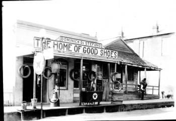 Dominick Di Stefano's Shoe Store 166 St. Catherine Street Natchez, Adams County. from http://louisdl.louislibraries.org/cdm/singleitem/collection/LSU_TJP/id/89/rec/74