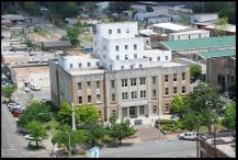 Lauderdale County Courthouse. Meridian, Lauderdale County Mississippi Jennifer Baughn,MDAH 4-26-2016 from MDAH HRI accessed 11-6-17