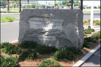 WWI Memorial. Gulfport, Harrison County. 2012 David Preziosi from MDAH HRI database accessed 11-9-17