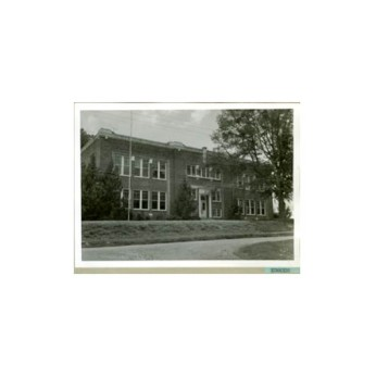 Edwards High School, 1920-1985. Retrieved from Series 1513 School Photograph Scrapbooks, Mississippi Department of Archives and History Digital Archives,http://www.mdah.ms.gov/arrec/digital_archives/series/schoolphotographs/detail/160847