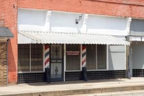 Earp's Barber Shop 2