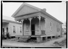 FRONT (SOUTH) AND EAST SIDE - Law Office, Court & Water Streets, Camden, Wilcox County, AL. Alex Bush, HABS Photographer, January 7, 1937