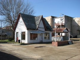 Cities Service Station (former), 112 S. Maple St., Aberdeen, MS - Front and Side Facades; March 11, 2010; W. White, photographer